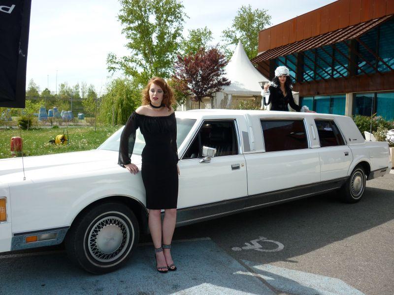 location de voitures r tros limousines berlines sportives nos limousines. Black Bedroom Furniture Sets. Home Design Ideas
